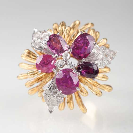 Vintage Ruby And Diamond Ring 'Flower'. - photo 1