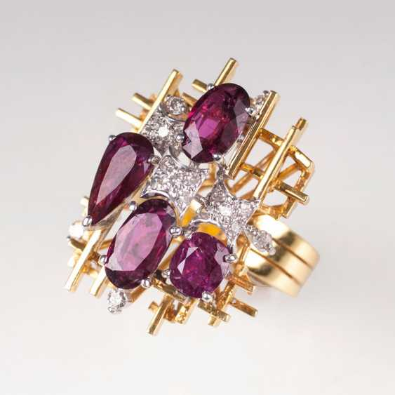 Exceptional Vintage Ruby And Diamond Ring. - photo 1