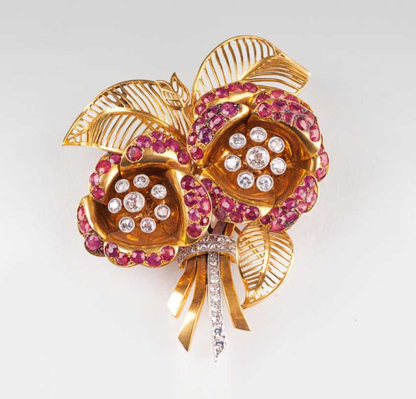Unique, American Vintage brooch with ruby and diamond inserts. - photo 1