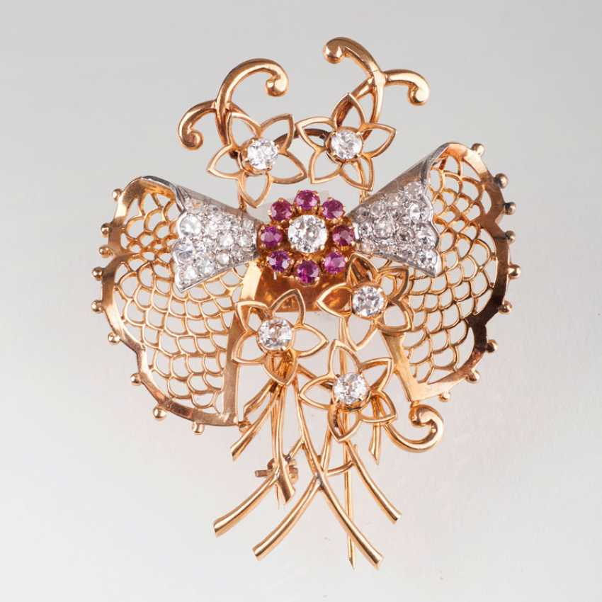 Exceptional, American-Vintage-brooch with diamond trim. - photo 1