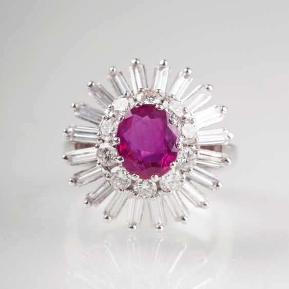 Vintage diamond Ring with natural ruby. - photo 2