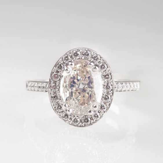 Klassischer Diamant-Brillant-Ring. - photo 1
