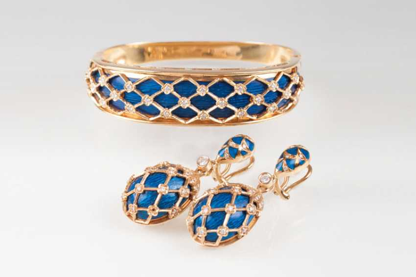 Vintage bangle bracelet and Pair of drop earrings with enamel and brilliant-stocking. Tinelli - photo 1