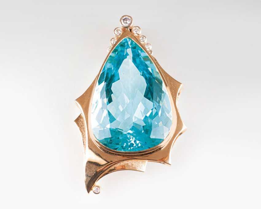 Rare high-profile, fine-blue aquamarine in a modern Gold-making. - photo 1