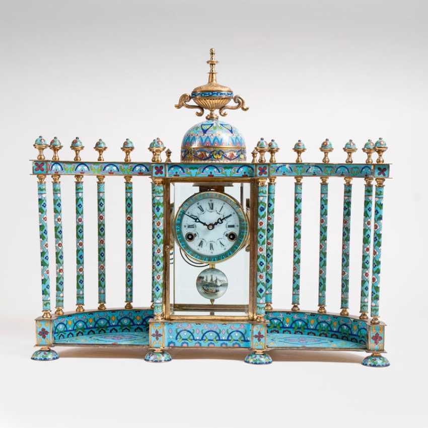 Cloisonne mantel clock with pillars, portico. - photo 1