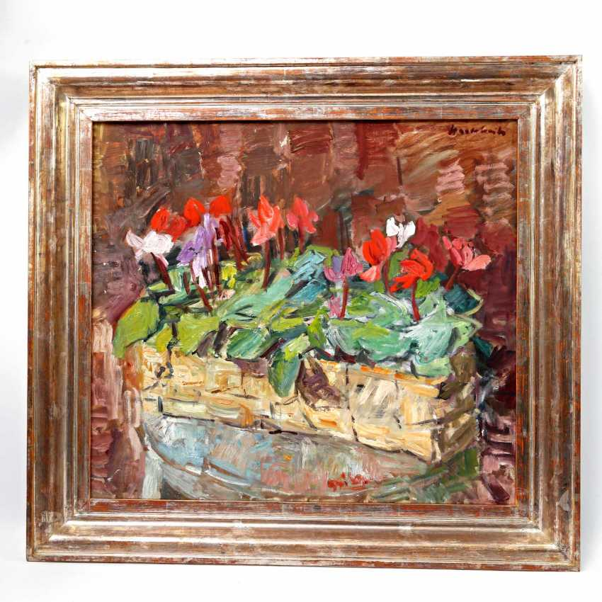 """HASSEBRAUK, ERNST (Dresden 1905-1974 ibid, Prof.), """"still life with cyclamen in a basket"""", - photo 2"""