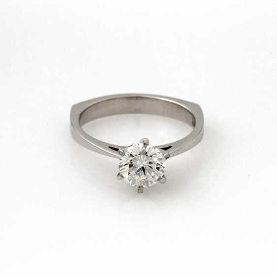 Women's Ring Solitaire White Gold 18 K. - photo 1