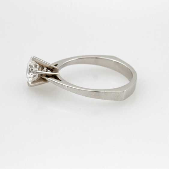 Women's Ring Solitaire White Gold 18 K. - photo 4