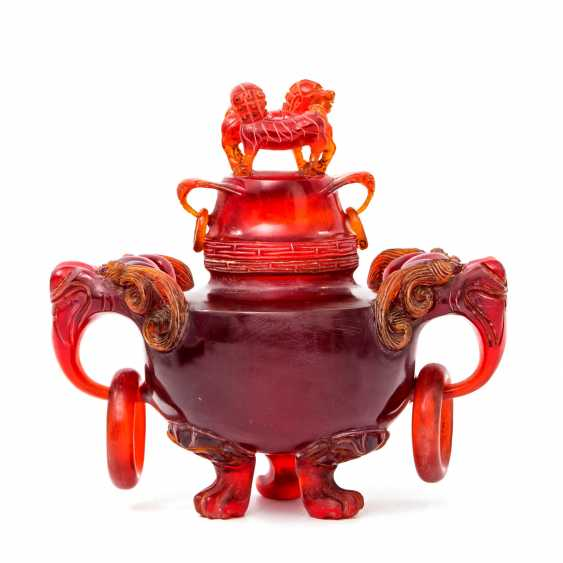 Rare incense burner made of red resin, called dragon's blood. CHINA, late Qing dynasty (1644-1912) - photo 1