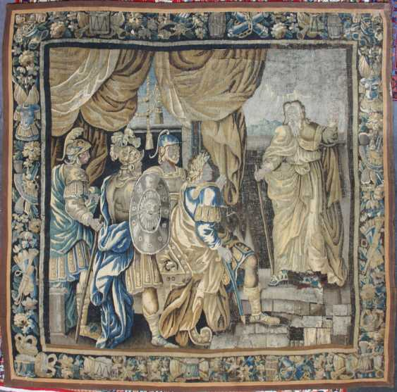 A FLEMISH TAPESTRY of the 17th century. Century. - photo 1