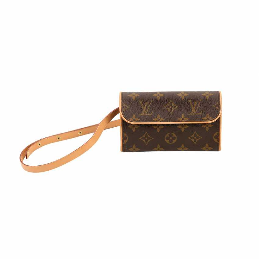 a17f613d9ec1 Lot 42. LOUIS VUITTON belt bag