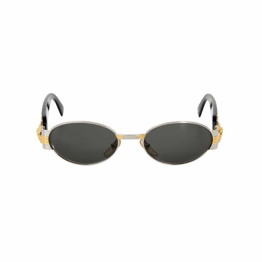 d178ad45b050 Lot 54. GIANNI VERSACE VINTAGE sunglasses
