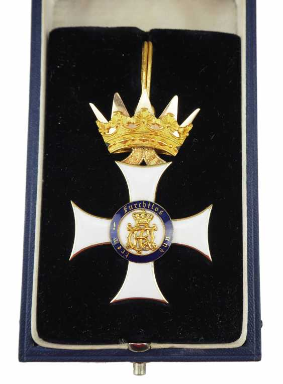Württemberg: Royal Württemberg court inspector, Major z. d. Karl Friedrich von Luz - military order of merit, (1891-1914), knights cross, in case. - photo 4