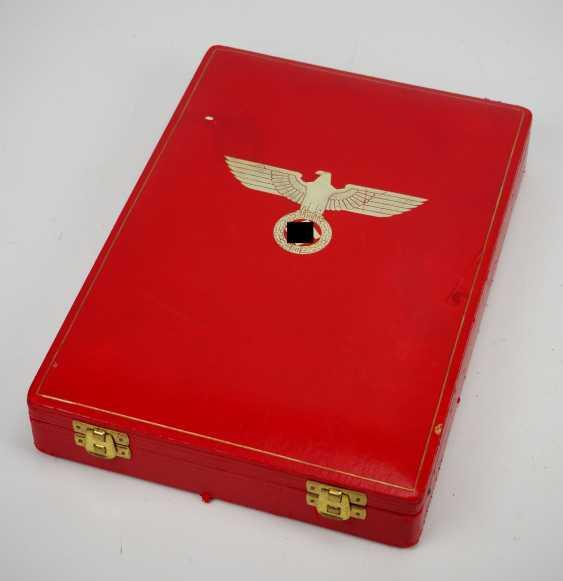 German Eagle Order, 2. Model (1939-1945), Grand cross set, in a case. - photo 7