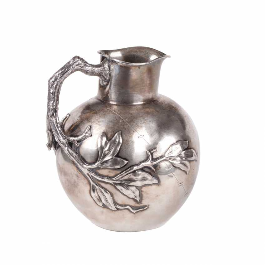 A large silver jug in the art Nouveau style - photo 2