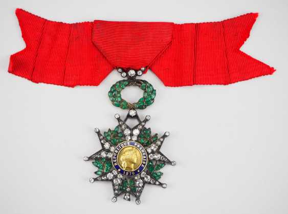France: order of the Legion of honor, 9. Model (1870-1951), knights cross in brilliant-cut diamonds. - photo 1