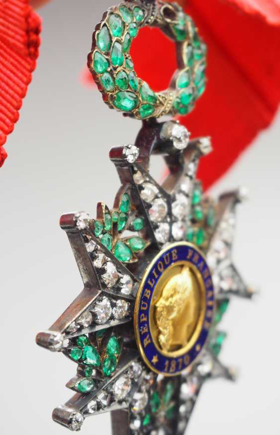 France: order of the Legion of honor, 9. Model (1870-1951), knights cross in brilliant-cut diamonds. - photo 5