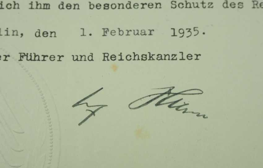 Hesse: a certificate group of a Colonel doctor, and the Country medical officer of health. - photo 2