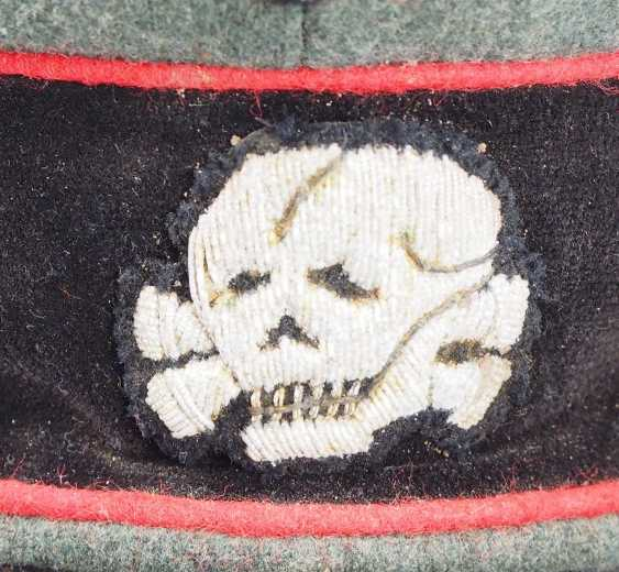 Waffen-SS: a visor cap for officers of the storm artillery. - photo 4