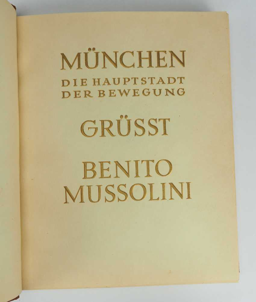 Munich, the capital of the movement, greets Benito Mussolini - 25. September 1937. - photo 3
