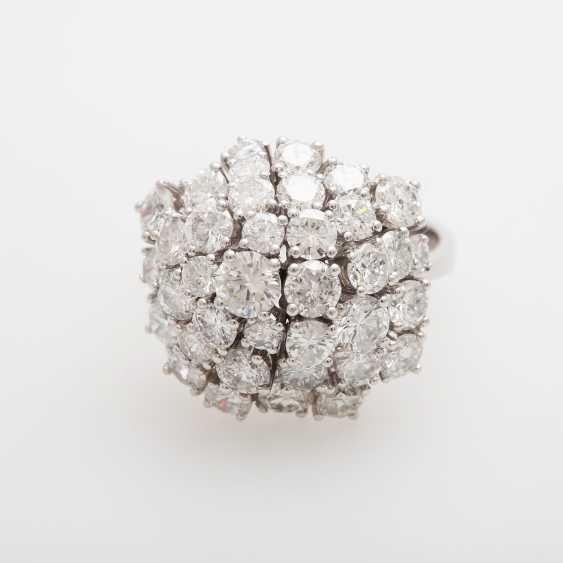 Cocktail ring set with numerous brilliant-cut diamonds - photo 1