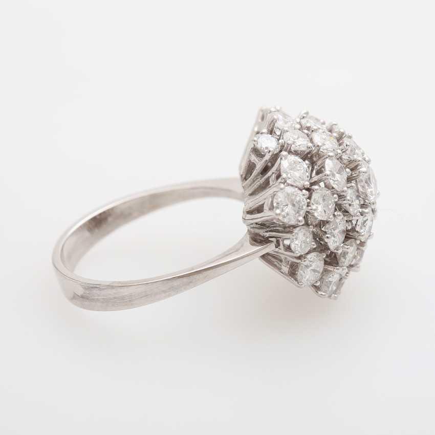Cocktail ring set with numerous brilliant-cut diamonds - photo 3
