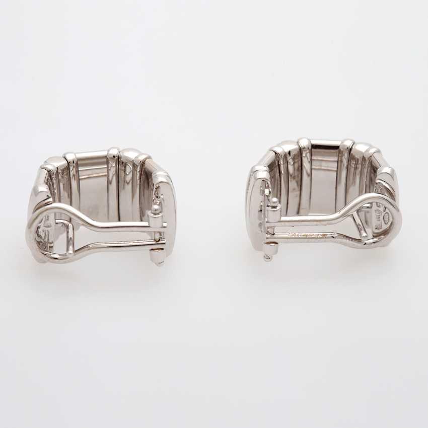Ear plug with diamonds - photo 4