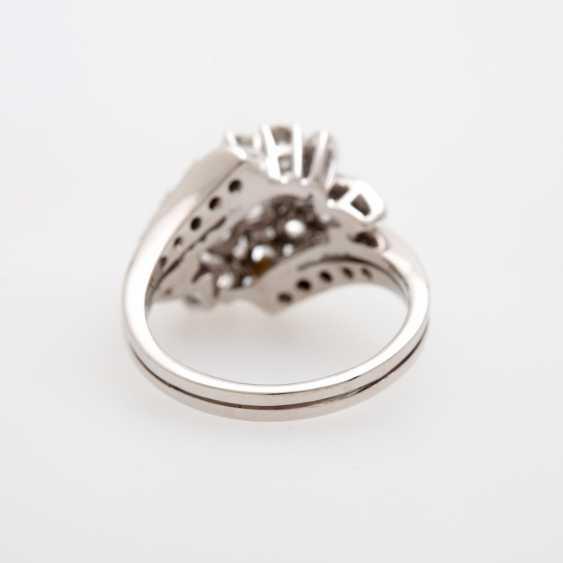 Ladies ring m. Diam occupied.-Brilliant - photo 4