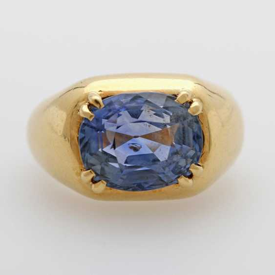 Ladies ring set with a ovalfac. Sapphire (approx. 12x10mm). - photo 1