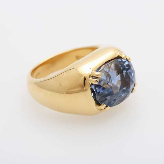 Ladies ring set with a ovalfac. Sapphire (approx. 12x10mm). - photo 2