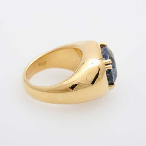 Ladies ring set with a ovalfac. Sapphire (approx. 12x10mm). - photo 3