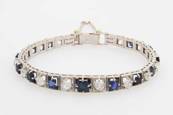 Bracelet studded with sapphires & diamond - photo 1