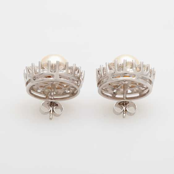 Pair of earrings with diamonds and Akoya pearls, - photo 4