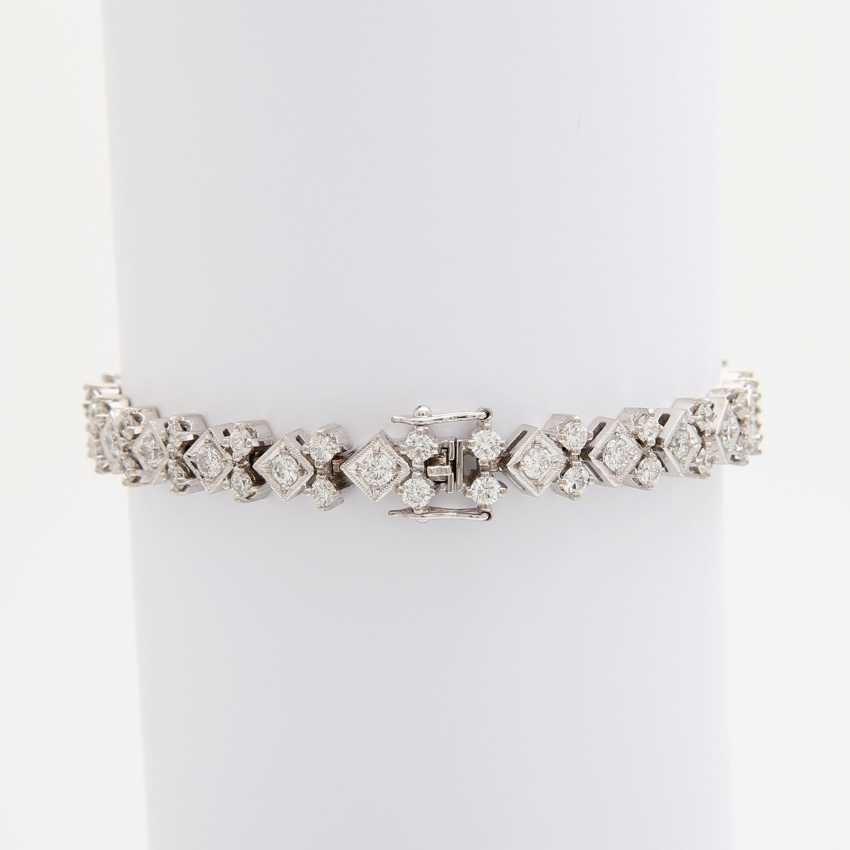 Bracelet with numerous diamonds, - photo 3