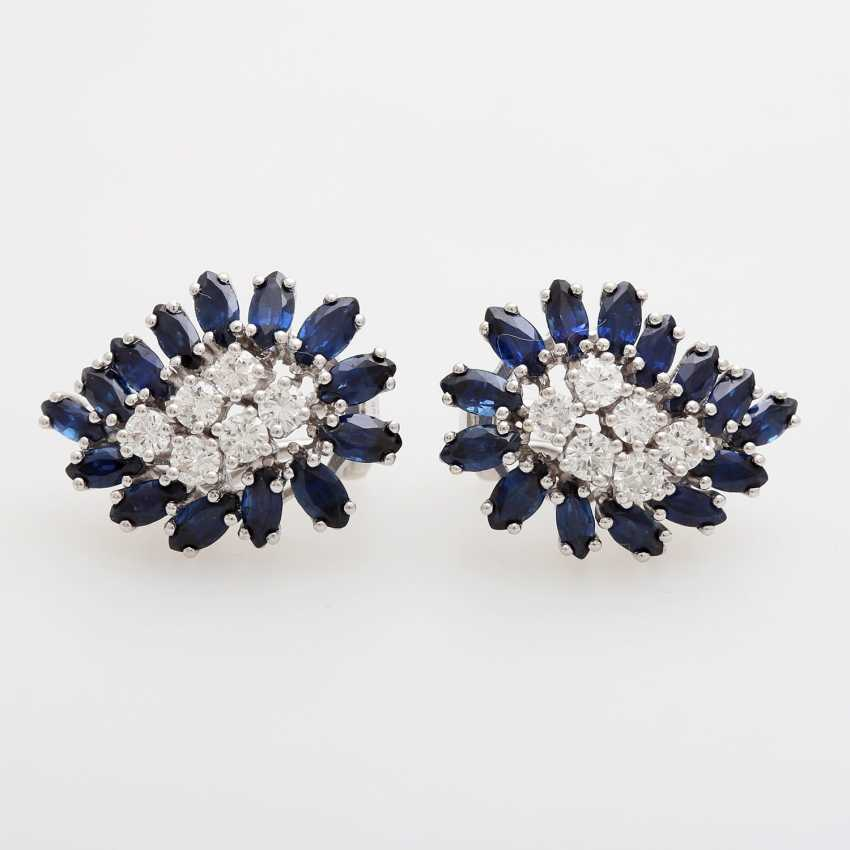 Pair of earrings with sapphires and diamonds - photo 1