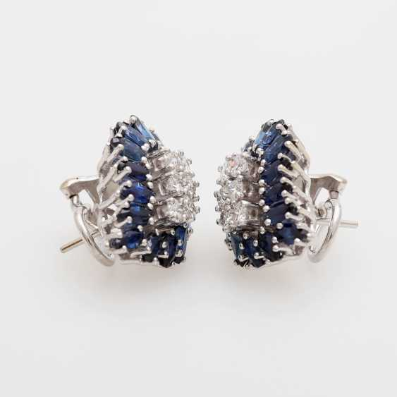 Pair of earrings with sapphires and diamonds - photo 2