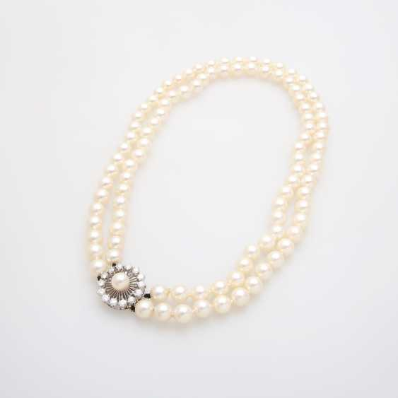 Double Row Pearl Necklace - photo 3