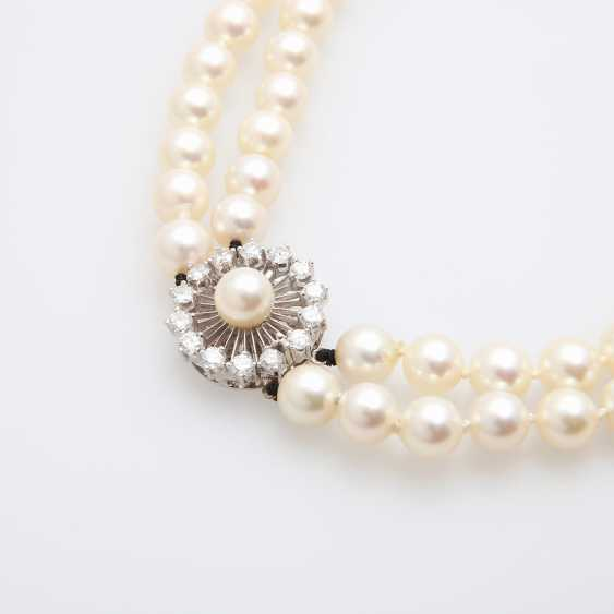 Double Row Pearl Necklace - photo 4