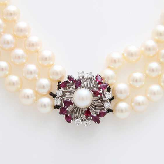 3-row pearl necklace with jewelry clasp, - photo 2