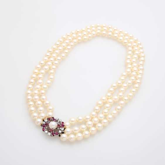 3-row pearl necklace with jewelry clasp, - photo 3