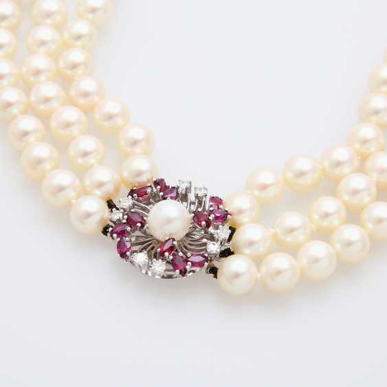 3-row pearl necklace with jewelry clasp, - photo 4