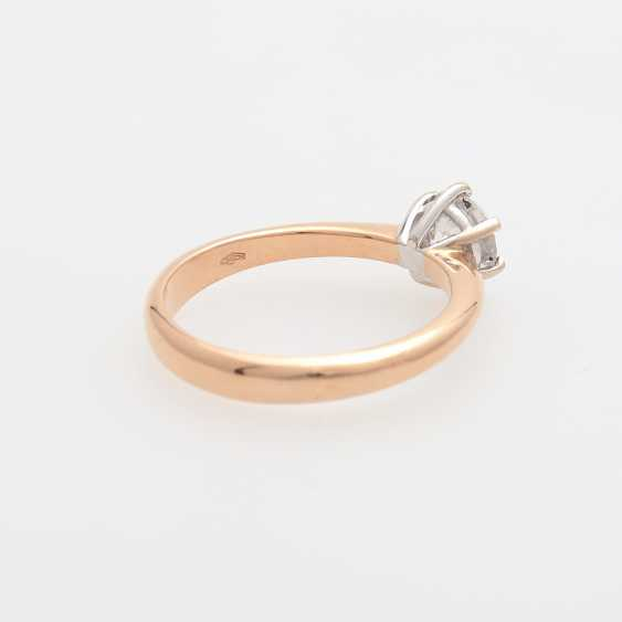 Solitaire Ring with a diamond of 0.83 ct round brilliant, - photo 3