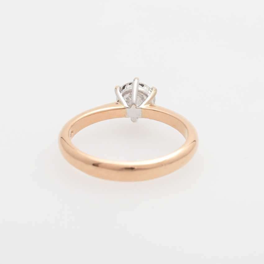 Solitaire Ring with a diamond of 0.83 ct round brilliant, - photo 4