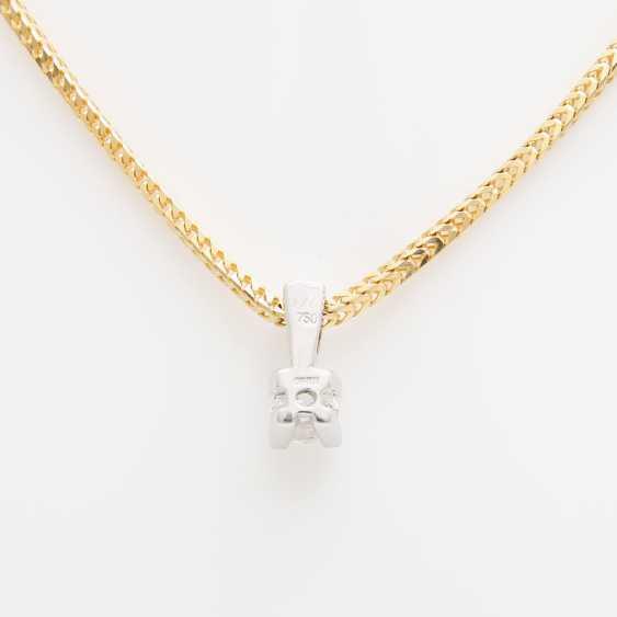 Pendant with chain, pendant set with a Diam.- Brilliant - photo 3