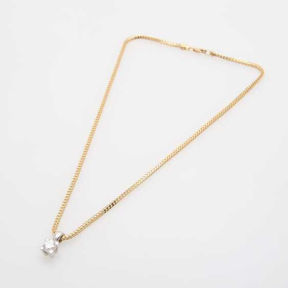 Pendant with chain, pendant set with a Diam.- Brilliant - photo 4