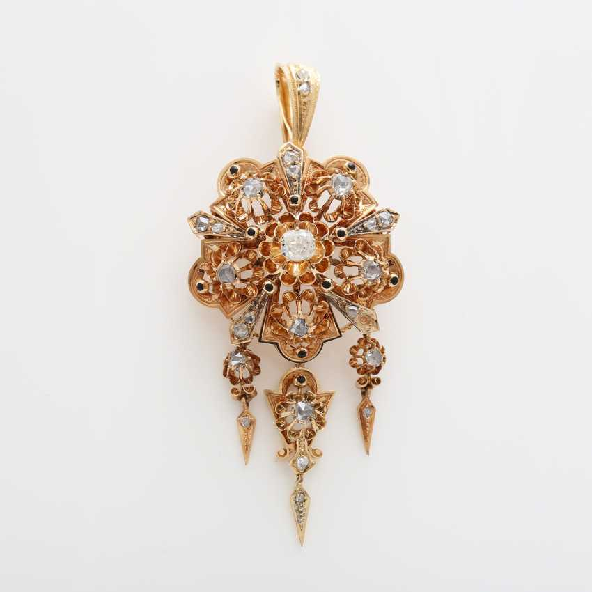Brooch/pendant, around 1900 bes. with 1 old European cut diamond, approximately 0.35 ct; - photo 1