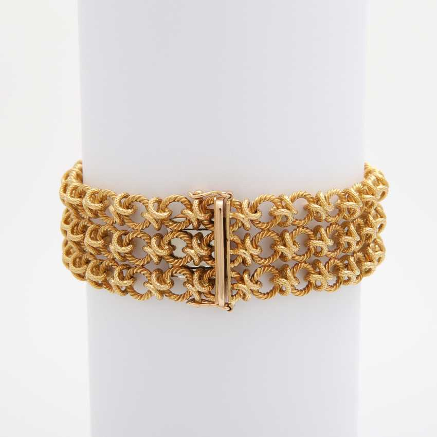 Bracelet composed of textured links - photo 5