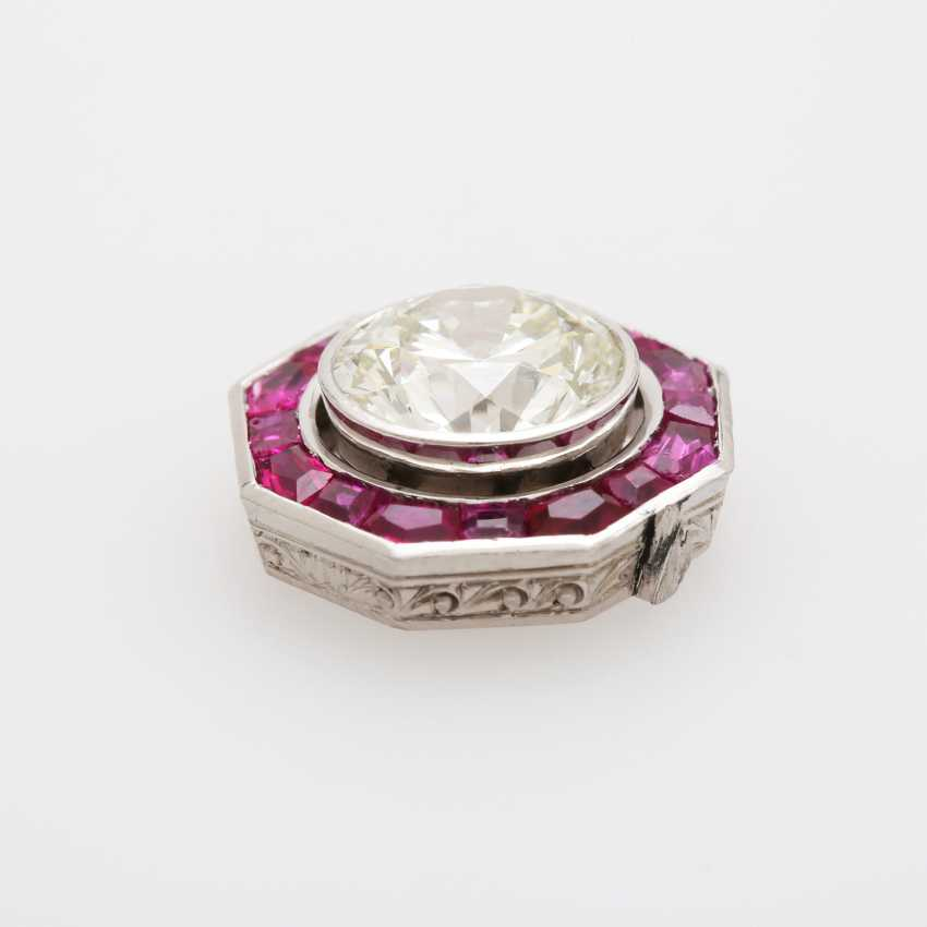 Jewelry element with a large diamond - photo 4