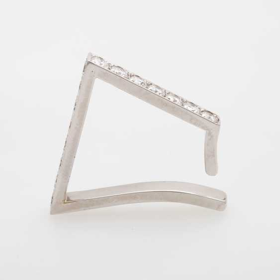 Mount Creole with 15 brilliant-cut diamonds - photo 1