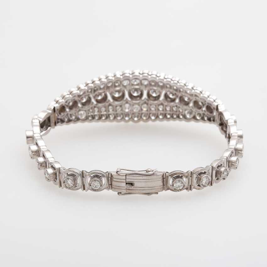 Bracelet with eye-catching brilliant stocking - photo 2